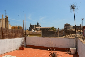 Great opportunity! Apartment to renovate in the old town of Palma