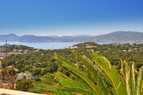 Sold! Apartment with wonderful sea views